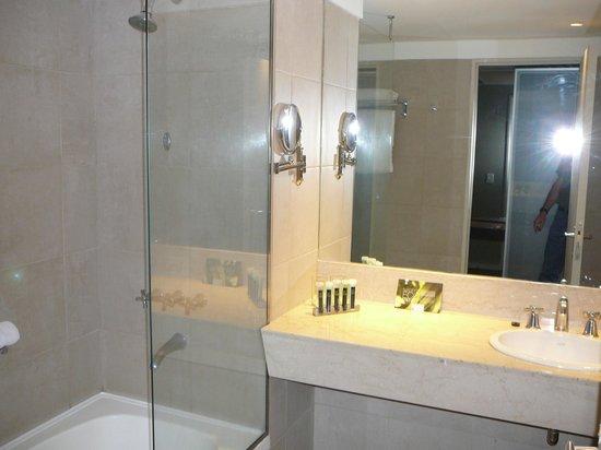 Hotel Madero: Chambre de bain