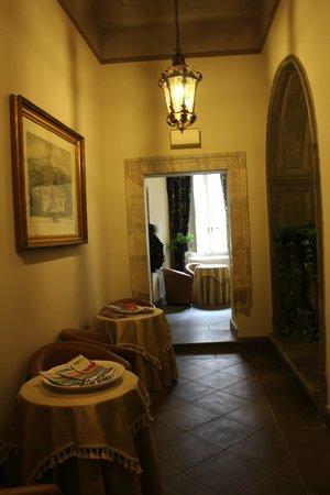 Dimora Degli Dei: Холл отеля