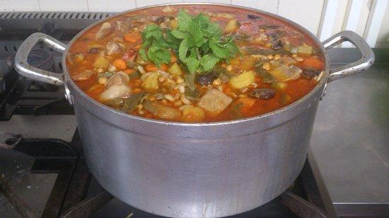 Cercal, Portugal: Cozido de grão á Alentejana  (por encomenda)