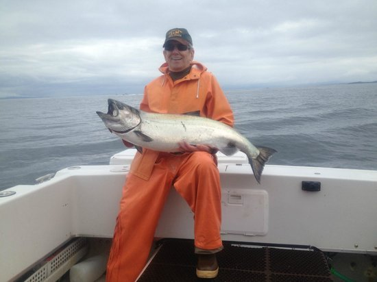 L & M Charters & Lodge: Almost 50 Pounds!