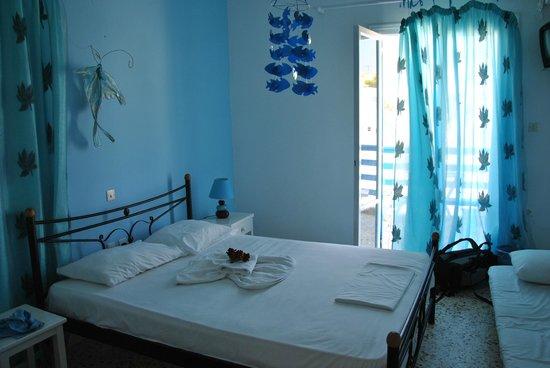 Moschoula Rooms and Apartments: Det lilla enkla rummet