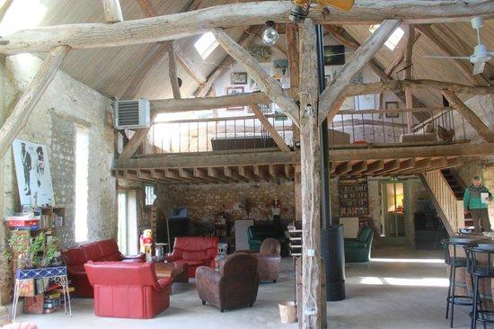La Ferme des Isles : Barn great room interior