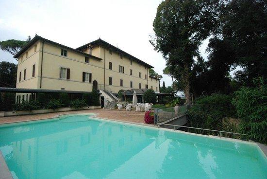 Alla Posta dei Donini : Outdoor pool (was closed in October)