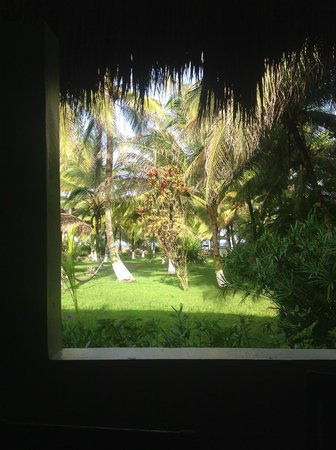 Paraiso Beach Hotel: View from the dining area