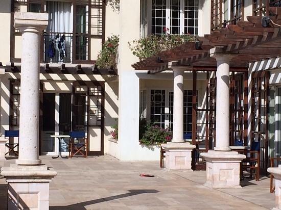 Movenpick Resort & Residences Aqaba : room terrace