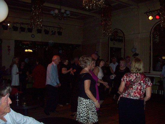Bay Torbay Hotel: Dancing