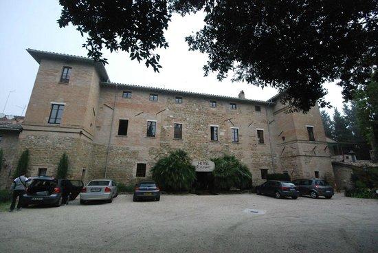 Lo Spedalicchio: Front