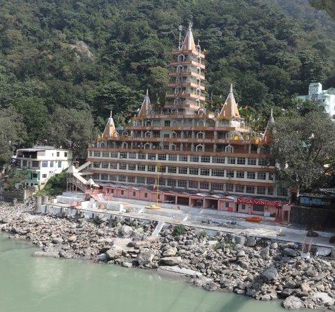 Tera Manzil Temple