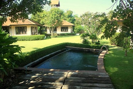 Lanna Boutique Village: The hotel's pool to cool down the day's heat