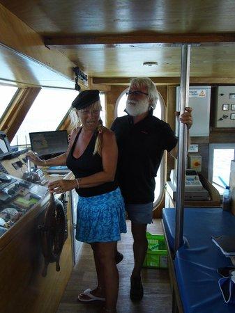 Captain Marko Cruises: Cpt Mark letting me take control!