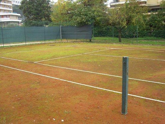 Hotel Sollievo Terme: stesso campo,...senza rete