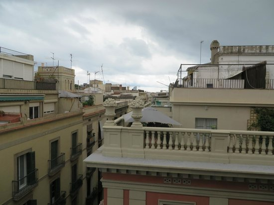 NH Barcelona Centro : View from the room