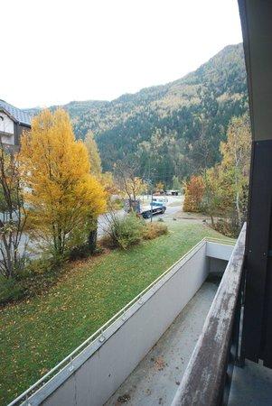 Le Refuge des Aiglons: View form balcony