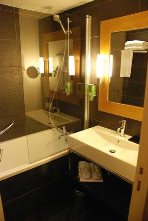 Le Refuge des Aiglons : Bathroom