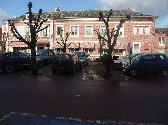 Poix-de-Picardie, Frankrijk: Le Cardinal