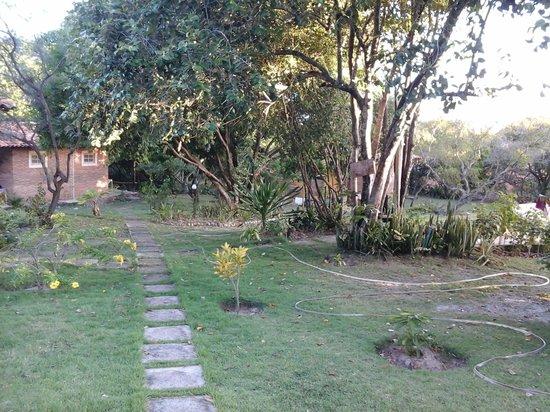 Pousada Refugio do Corsario : jardim