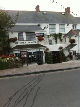 Cornishman Inn Tintagel: and they sell doombar.