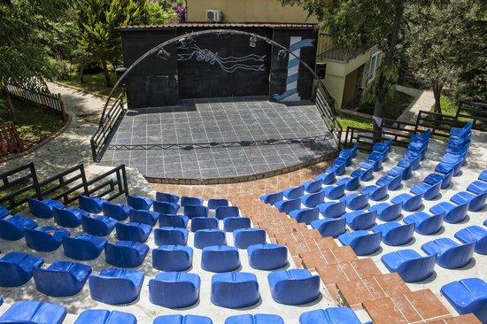 Perdikia Hill : Entertainment Stage
