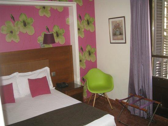 Hotel Lloret Ramblas : habitacion otro angulo