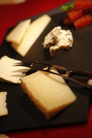 Grana Gastrobar: taula de formatges