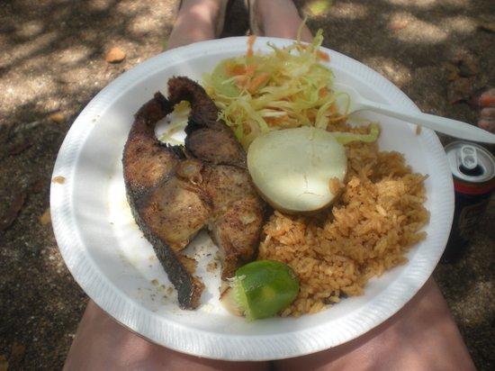 Cayo Bolivar: Almuerzo