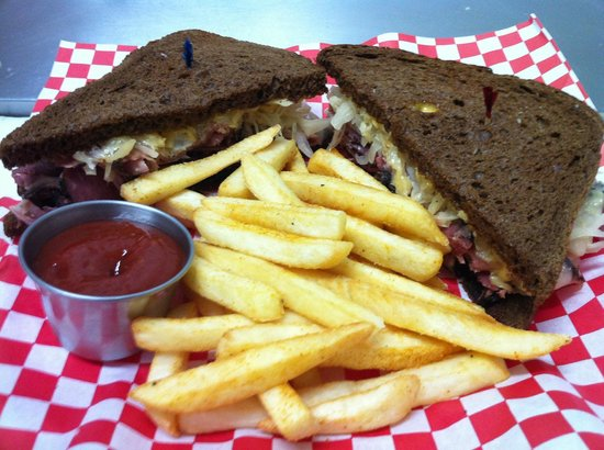 The Black Iron Grill: Food