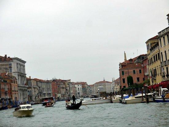 Ente Gondola : this is from rialto area