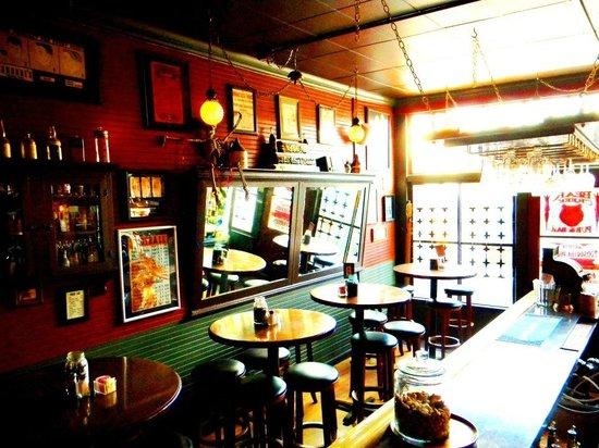 The Black Iron Grill: Bear Creek Pub