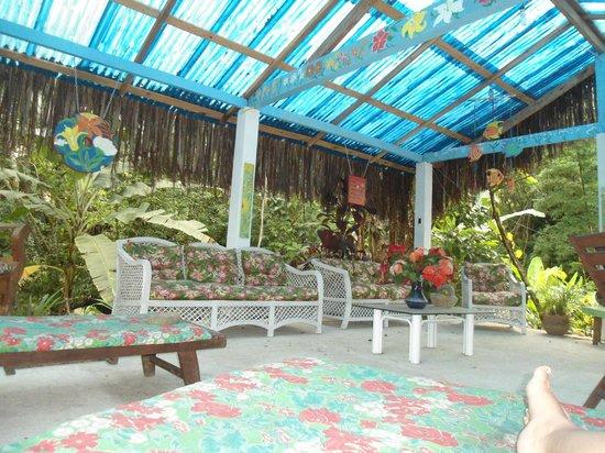 Chales Refugio da Agua Branca: móveis rústicos