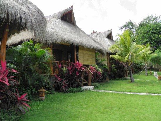 Merta Sari Balangan Bungalows : otros bungalows