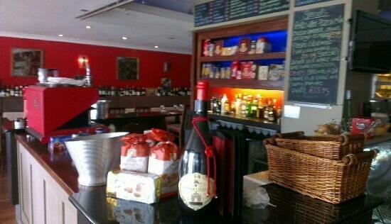 Rossinis Brasseria: Bar at Rossinis