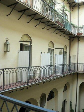 Palazzo Galletti : Il balconcino sulle camere