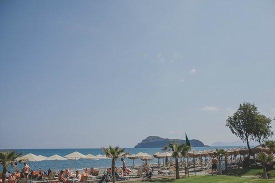 Minoa Palace Resort: Beach front