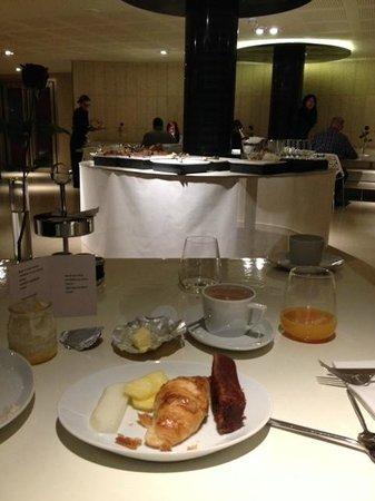 Hotel Banke: buffet (pas énorme)