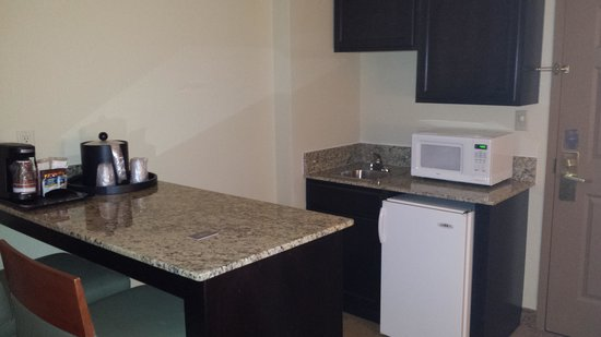 Country Inn & Suites by Radisson, Anderson, SC: Personal Kitchen