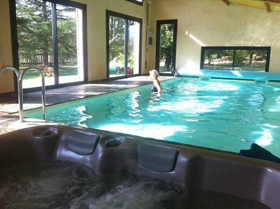 Le Moulin de Méja : piscine et spa