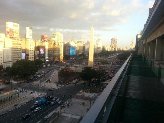 NH Buenos Aires Tango: Foto da varanda do quarto