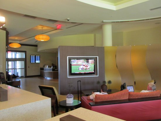 Courtyard by Marriott Miami Airport : looby 2