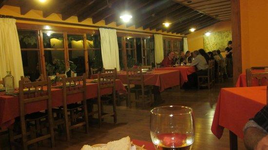 Hotel Torrecerredo: Dining room