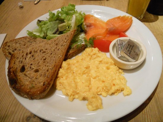 Le Pain Quotidien: Eggs scrambled