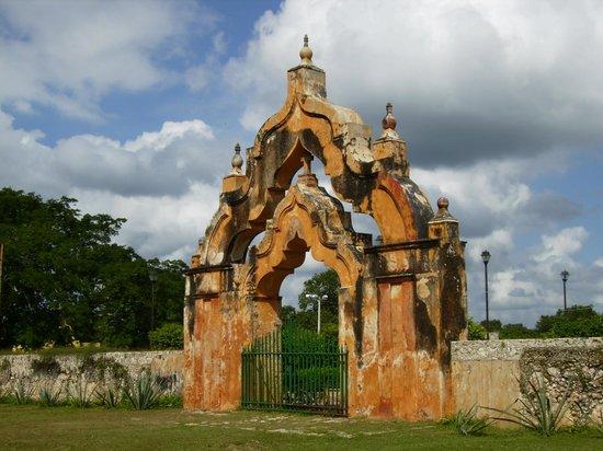 Hacienda Yaxcopoil : la double porte d'entrée