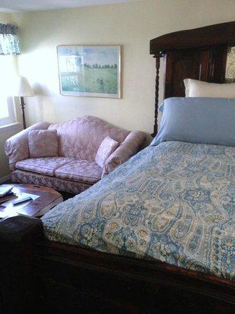 Pelican Cove Inn : Carlsbad Room