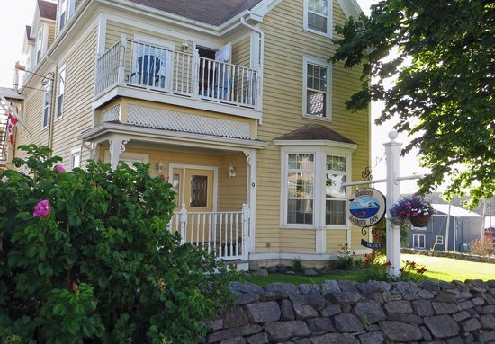 Louisbourg Harbour Inn: Louisbourg Inn