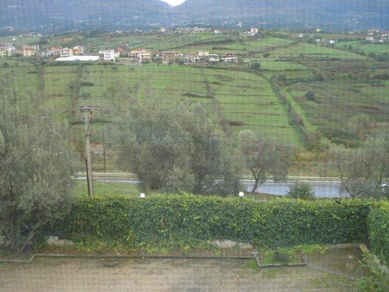 Hotel Viktoria: View from Hotel room, looking down on Elbassen highway
