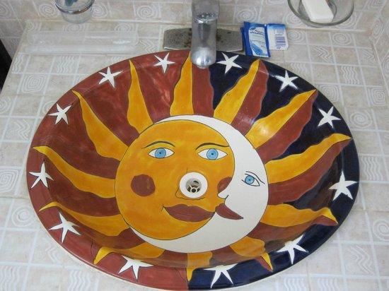 Luna de Plata · Hotel: Interesting sinks