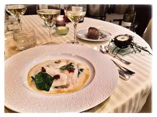 Restaurant Guy Savoy : Délicieux Saint Pierre