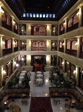 Don Pio: Hotel Don Pío XII