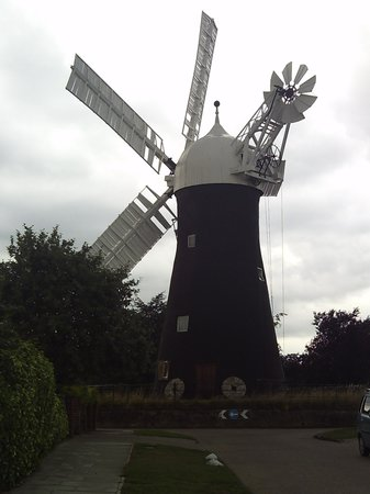 Holgate Windmill: The windmill