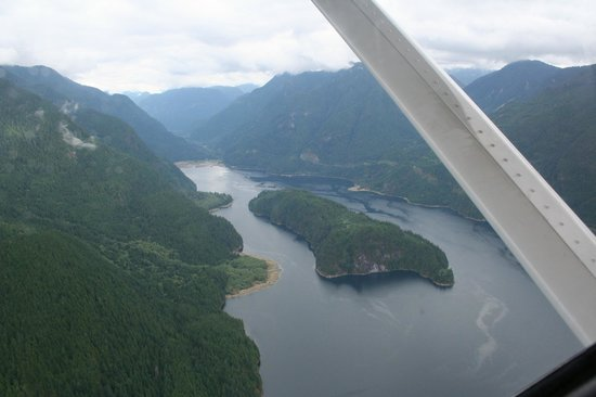 Harbour Air Seaplanes: Indian Arm and Croker Island
