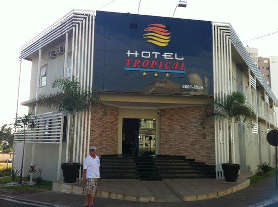 Fachada do Hotel Tropical